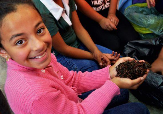 Ampliação da ação para implantar composteiras em escolas municipais e estaduais do município